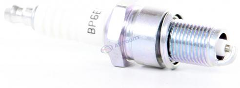 "Свеча NGK BP6ES (W20EPU) (ВАЗ-2101-2107) (7811) 1 шт ""NGK"" (Япония)"